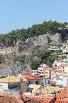 Hoch über der Stadt trohnt die Burg von Ali Pascha.